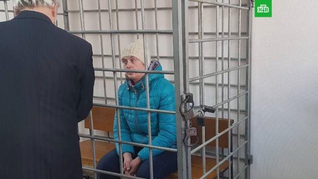 В Волгограде мать выбросила убитого сына на помойку и подарила его вещи подруге