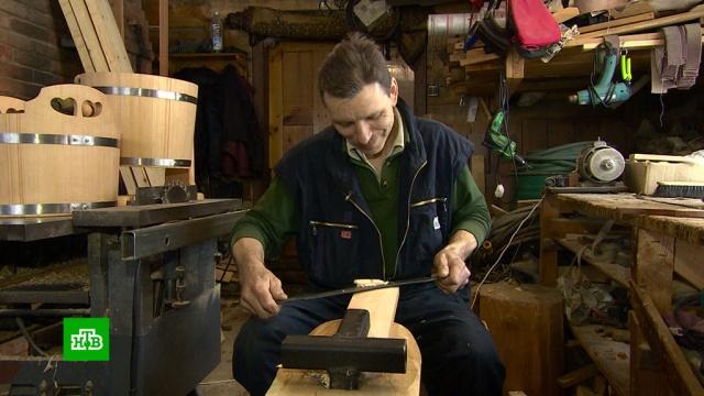 Старинная профессия бондаря возрождается в Красноярском крае