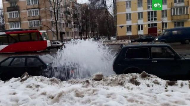 Сезон фонтанов в Петербурге открылся раньше срока