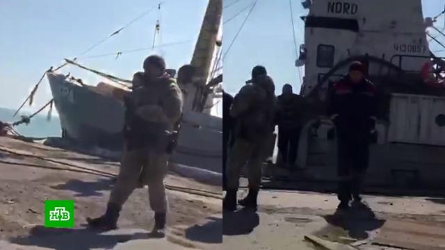 От моряков судна Норд требовали признать себя украинцами