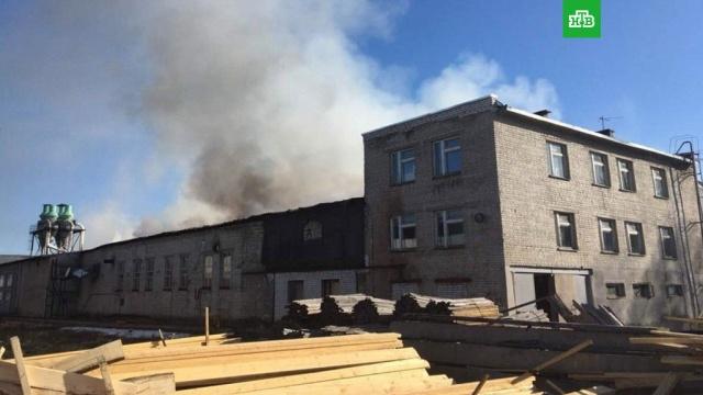 Пожар на складе в Нижнем Новгороде потушен