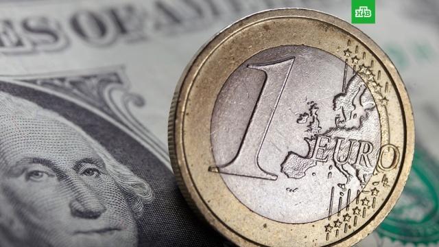 Доллар поднялся выше 63 рублей, евро  выше 78