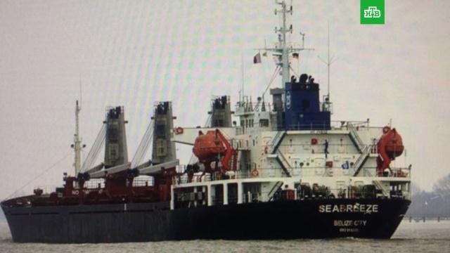 Украина арестовала российское судно за добычу песка в Крыму
