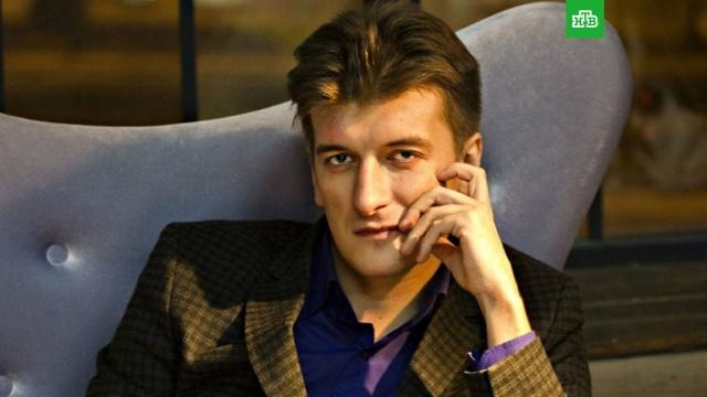 Журналист в Екатеринбурге скончался после падения с пятого этажа