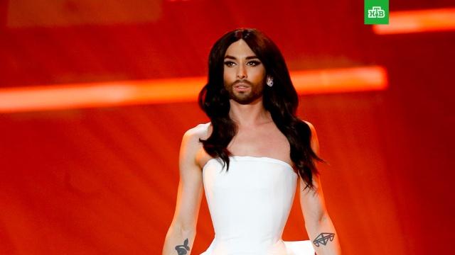 Бородатая Кончита Вурст сообщила о своем положительном ВИЧ-статусе
