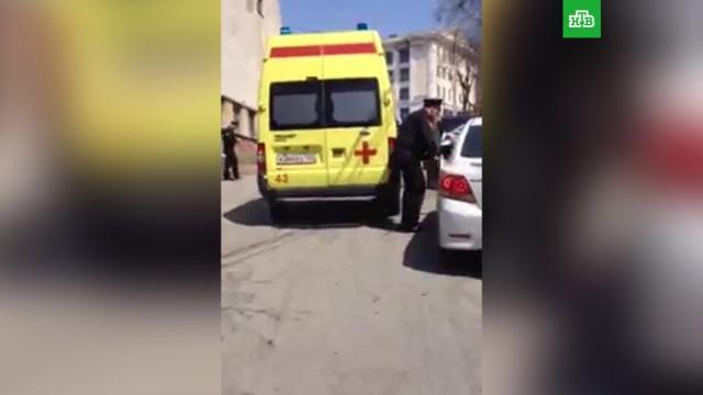 Житель Владивостока прострелил голову знакомой и покончил с собой: видео с места