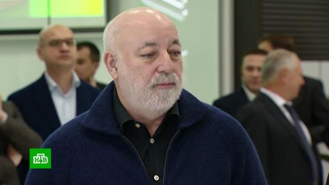 Ренова из-за санкций просит запретить импорт минералки и газировки