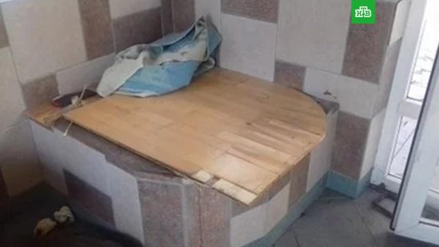 омский пенсионер просидел колодце погибшими детьми