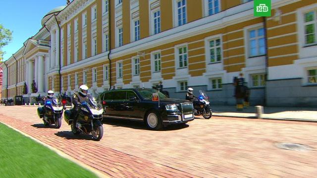 """Песков: Путин будет постоянно использовать автомобиль из проекта """"Кортеж"""""""