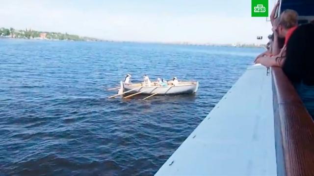Тренер оставил одних детей в лодке, едва не потерпевшей крушение в Воронеже