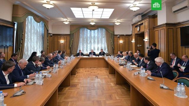 Медведев завершил консультации со всеми думскими фракциями