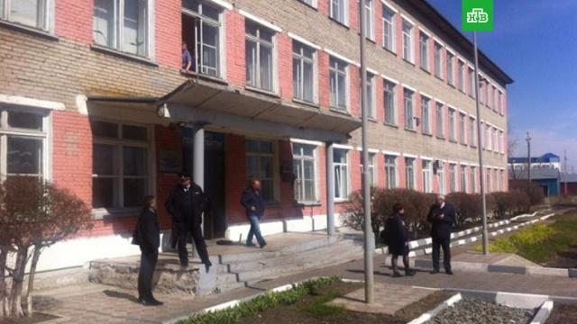 Пострадавший при стрельбе в новосибирском колледже попал в реанимацию