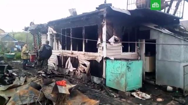 Пять человек погибли при пожаре в частном доме в Нижнем Тагиле