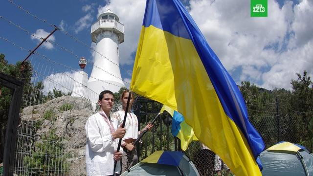 Заявление Порошенко об украинском флаге над Севастополем назвали пьяной мечтой