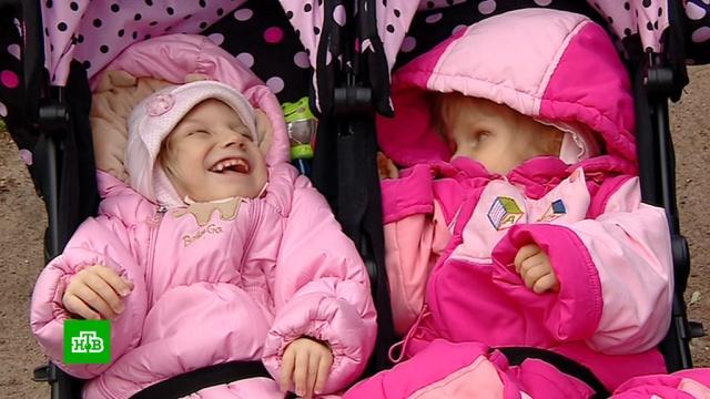 Многодетной семье из Петербурга нужны деньги на реабилитацию трех дочерей