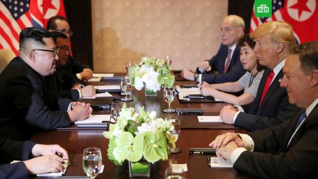 Лидеры США и КНДР начали встречу в расширенном формате