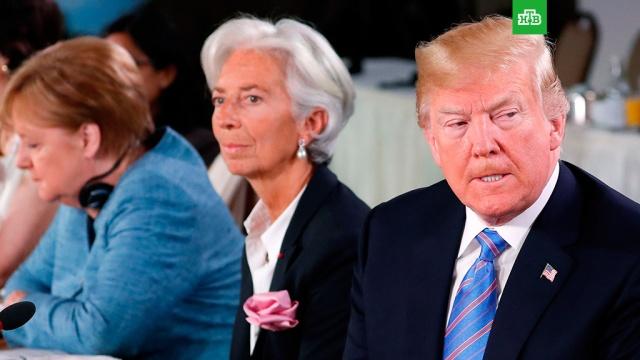СМИ: Трамп закидал Меркель конфетами на саммите G7
