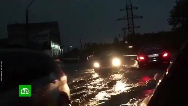 В Барнауле после урагана ввели режим ЧС