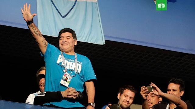 """""""Заболела шея"""": Марадона опроверг информацию о госпитализации"""