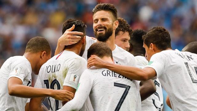 Франция обыграла Уругвай и вышла в полуфинал ЧМ-2018