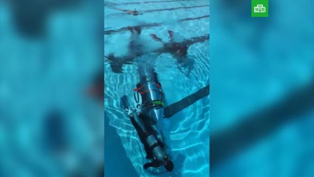 Илон Маск опубликовал видео испытания мини-субмарины для спасения школьников в Таиланде