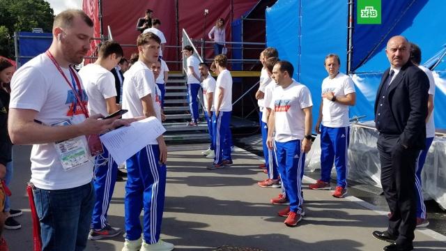 На встречу со сборной России в Москве пришли 24 тысячи болельщиков