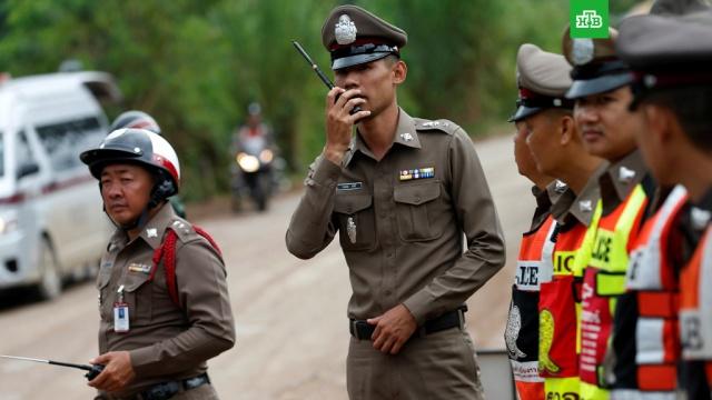 Спасатели засекретили операцию по эвакуации детей из пещеры в Таиланде