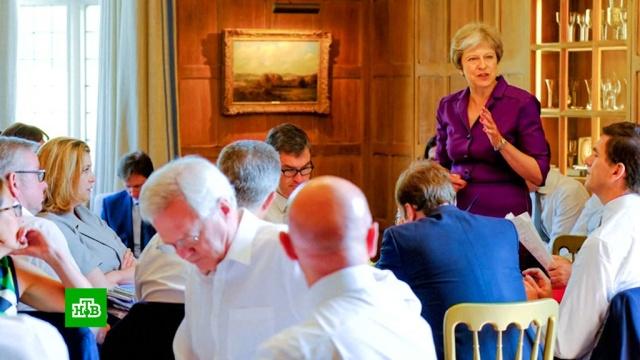 Brexit на словах: к чему приведут отставки министров в Великобритании