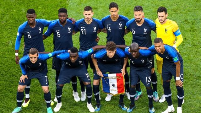 Национальное собрание Франции прервало заседание из-за футбола