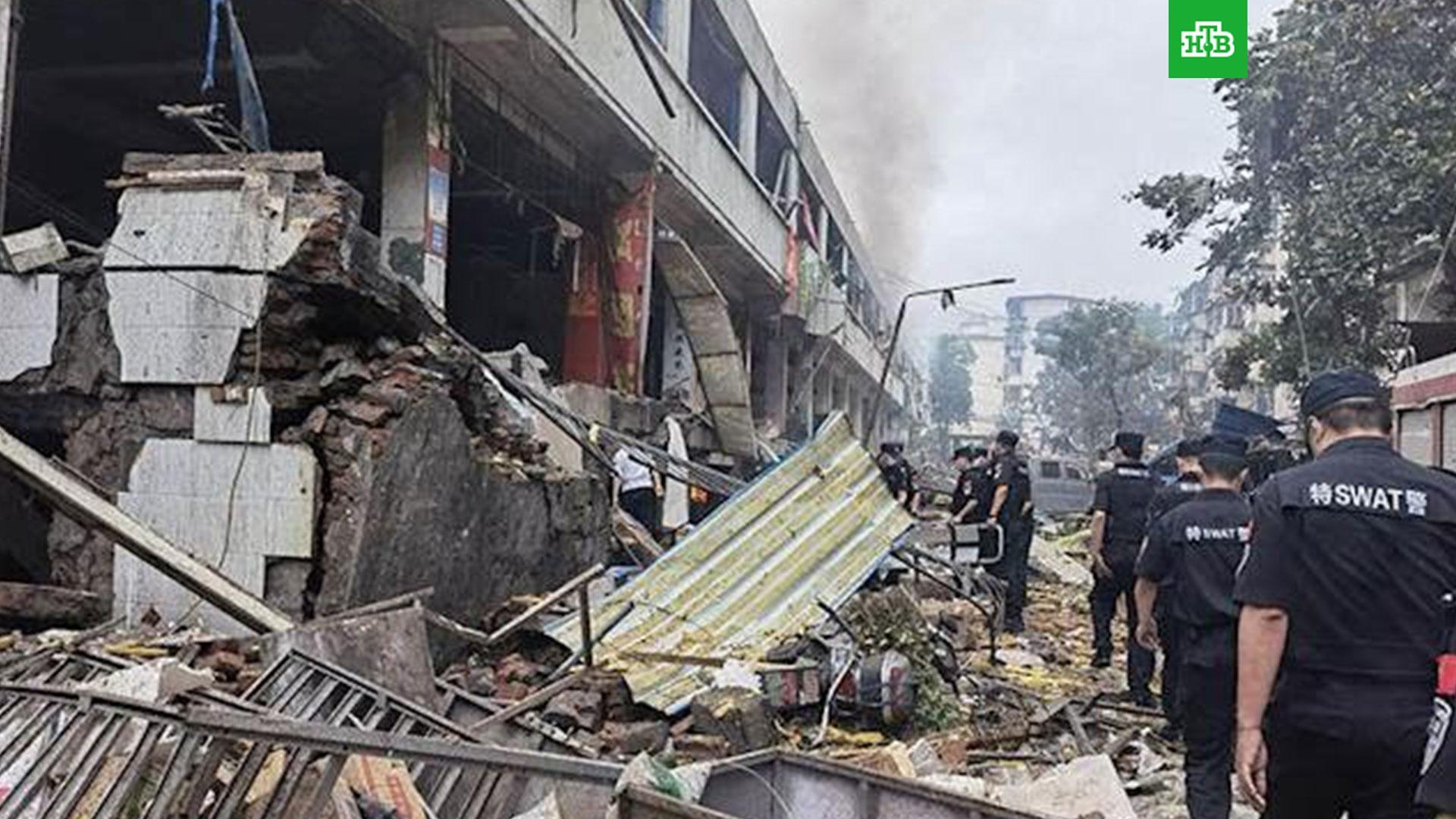 Мощный взрыв разрушил рынок в Китае: погибли не менее 11 человек // НТВ.Ru
